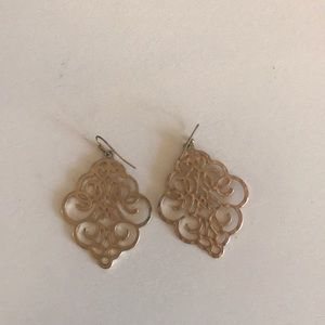 Gold detailed dangly earring